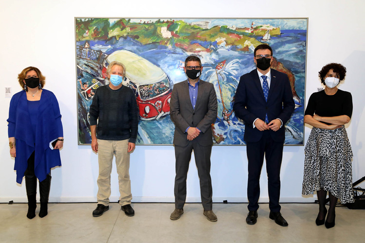 El Centro de Arte Alcobendas expone 'ABCDario Mariscal', más de cien piezas de obra gráfica y objetos del genial diseñador