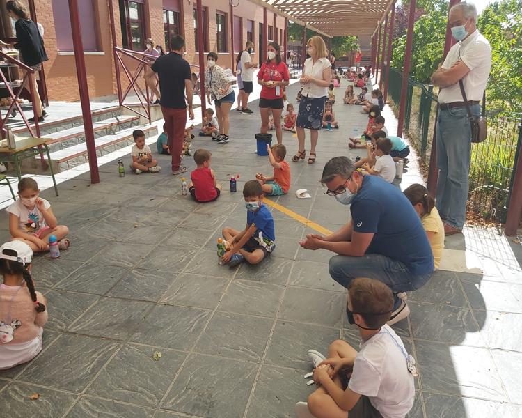Más de un millar de niños y niñas han participado en las colonias urbanas de Alcobendas en julio