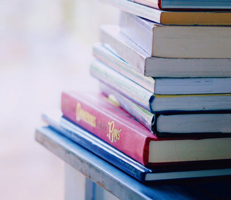 """""""Mochilas de Lectura"""" de Alcobendas: lotes de tres libros que se podrán devolver en Septiembre"""