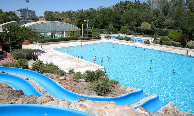 Las piscinas municipales de Alcobendas mantienen los turnos y las medidas de seguridad en agosto