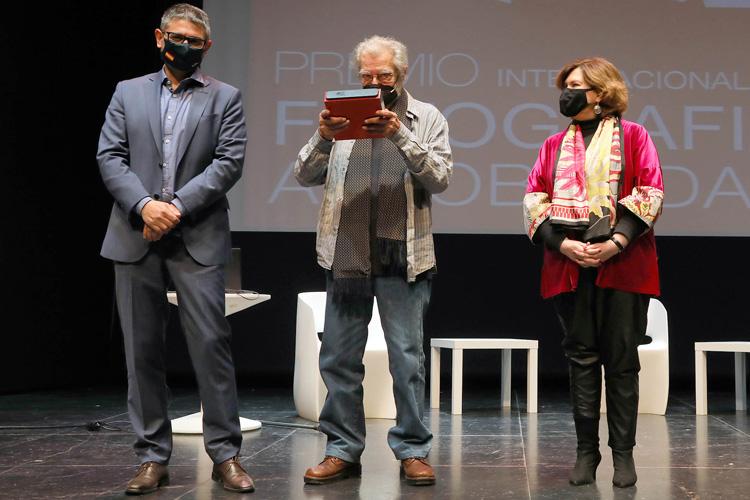 """Ramón Masats recoge el """"Premio Internacional de Fotografía Alcobendas"""""""
