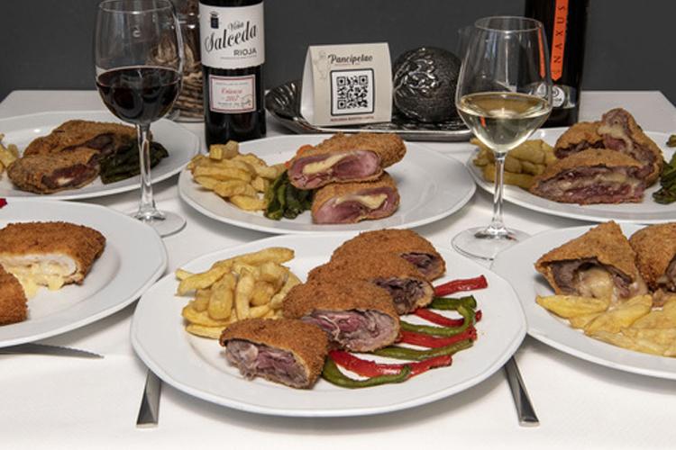 El I Mes del Cachopo lleva a Vallecas la fiebre por el popular plato asturiano que puede alegrar la hostelería en primavera