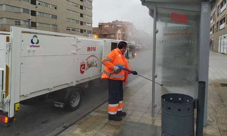 El Ayuntamiento de San Sebastián de los Reyes activa un plan de desinfección de zonas urbanas críticas