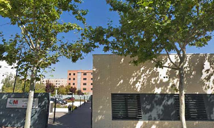 La Comunidad de Madrid pone en marcha la consulta telefónica con el médico de familia, pediatra y enfermera de los centros de salud
