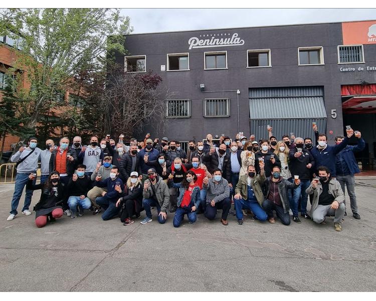"""Nace """"7 Estrellas"""", la cerveza elaborada en Alcobendas por 27 fábricas de cerveza artesana de Madrid para ayudar a la hostelería"""