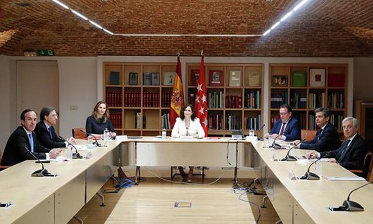 Díaz Ayuso anuncia un Plan estratégico, a dos años, para dinamizar el sector de la hostelería