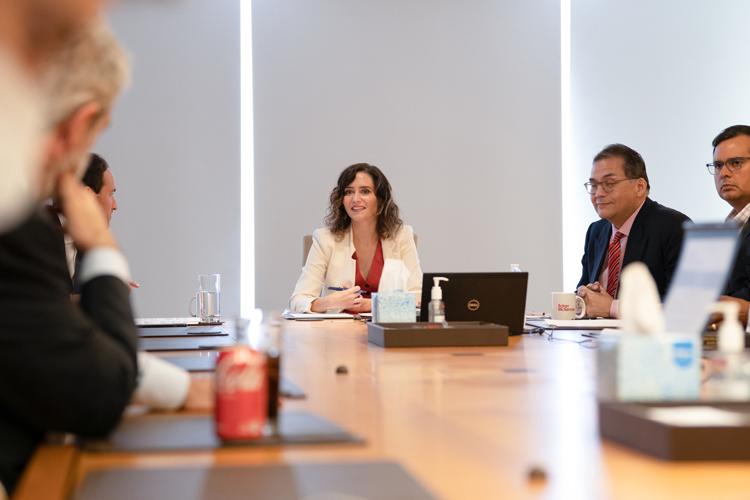 """Isabel Díaz Ayuso arranca su viaje en EEUU para presentar a la Comunidad de Madrid como """"una región de oportunidades y segura"""" y """"un polo de atracción económica"""""""