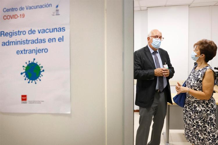"""La Comunidad de Madrid amplia restricciones a cinco ZBS y las levanta en otras cinco y una localidad, entre ellas la ZBS """"Reyes Católicos"""" de San Sebastián de los Reyes"""
