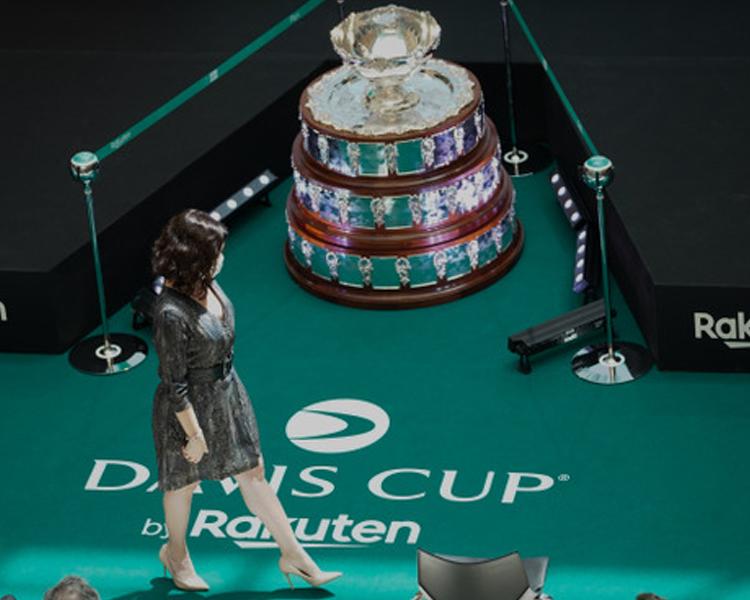 """Díaz Ayuso da la bienvenida a la Copa Davis de Tenis: """"Sienta las bases para un futuro prometedor con una auténtica revolución solo asimilable a La Movida"""""""