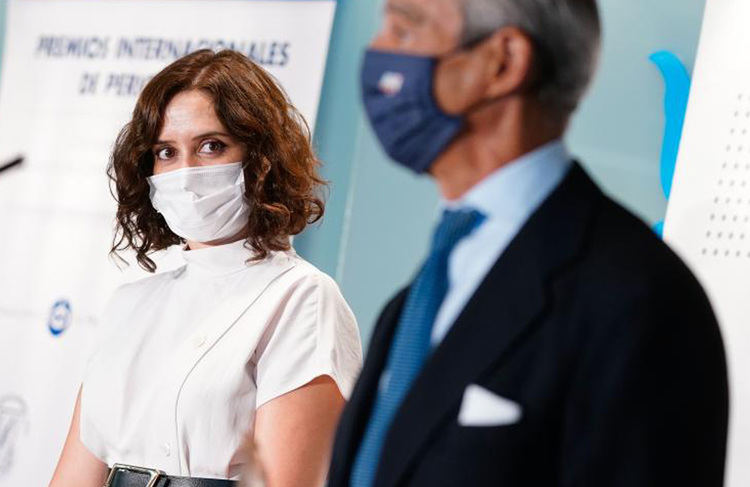 """Díaz Ayuso: """"El Hospital de IFEMA salió adelante gracias al espíritu de todos los españoles trabajando juntos sin distinción"""""""