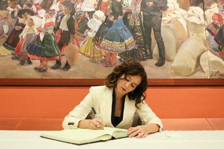 """Díaz Ayuso intensifica la colaboración con la Hispanic Society para reivindicar la Hispanidad """"como uno de los fenómenos de la Historia"""""""