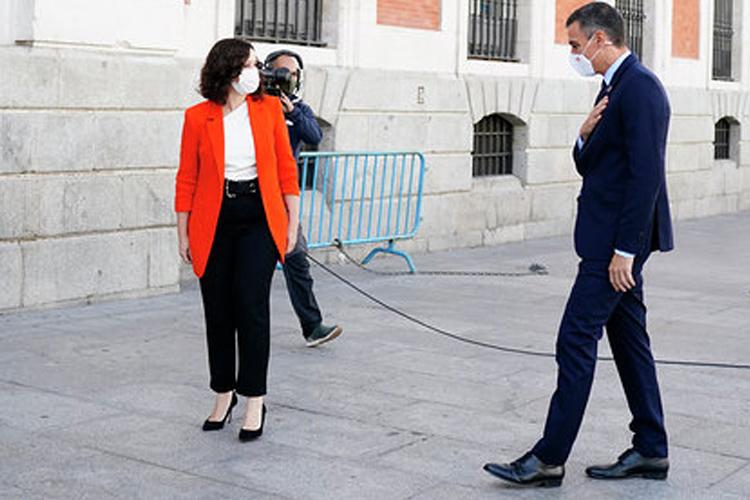 Isabel Díaz Ayuso y Pedro Sanchez establecen los primeras mimbres de una relación conjunta para luchar contra la COVID-19