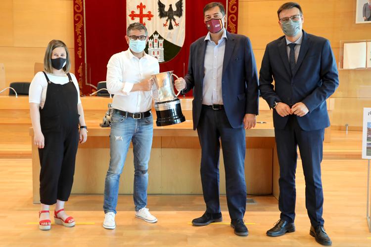 Hoy, el alcalde de Alcobendas, Rafael Sánchez Acera, ha recibido al Lexus Alcobendas Rugby
