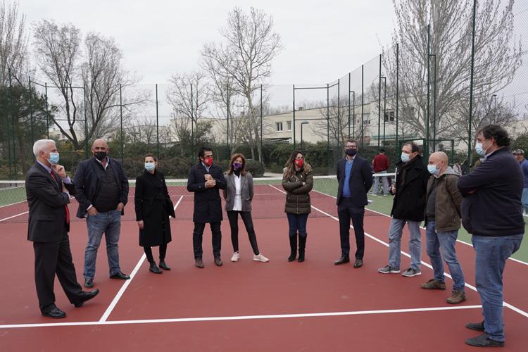 El Ayuntamiento de San Sebastián de los Reyes finaliza la reparación de la pista pública de tenis de Rosa Luxemburgo